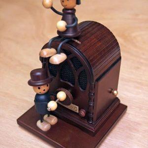 木偶收音機音樂盒